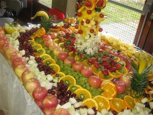 Готовимся к праздникам: красивая нарезка на праздничный стол