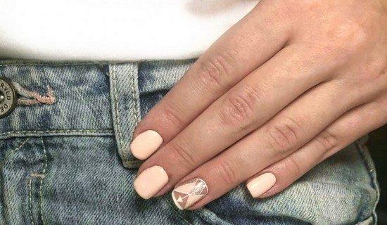 Нежный маникюр на короткие и длинные ногти - фото, новинки, идеи
