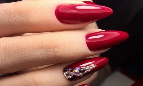 Дизайн ногтей острых красные фото