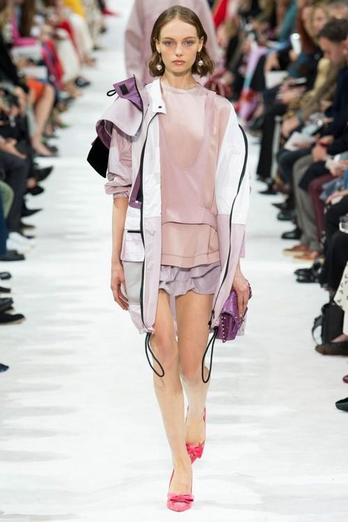 Тенденции моды весна-лето 2019: fashion-обзор новинок с подиумов