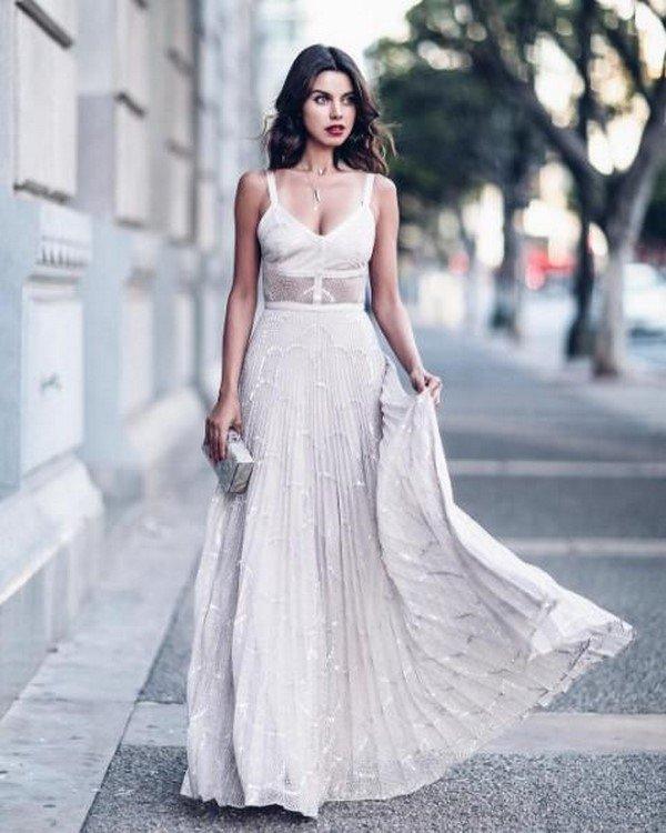 Роскошные идеи платья на вечер 2021-2022 – ТОП-11 трендов вечерних платьев