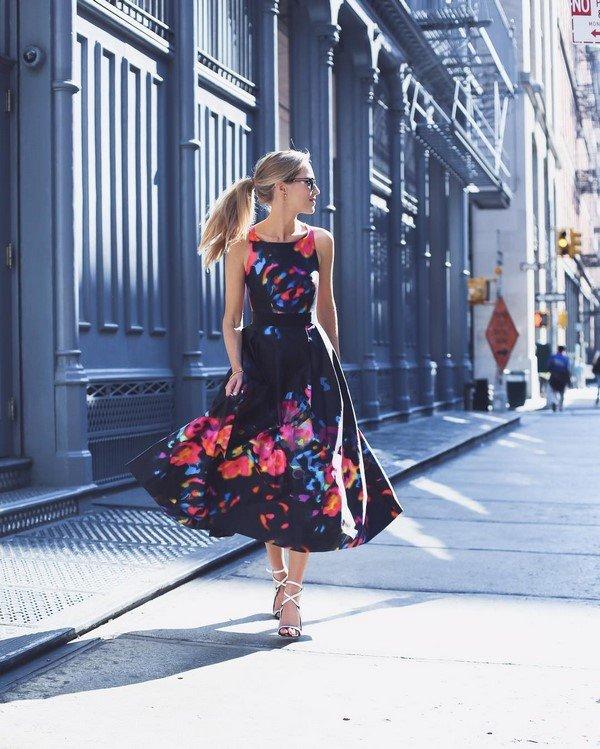 Неповторимые платья миди - идеальный фасон для женственных леди