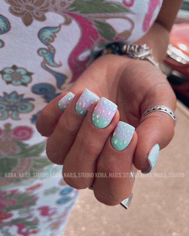Модный дизайн маникюра на короткие ногти 2021-2022: фото идеи