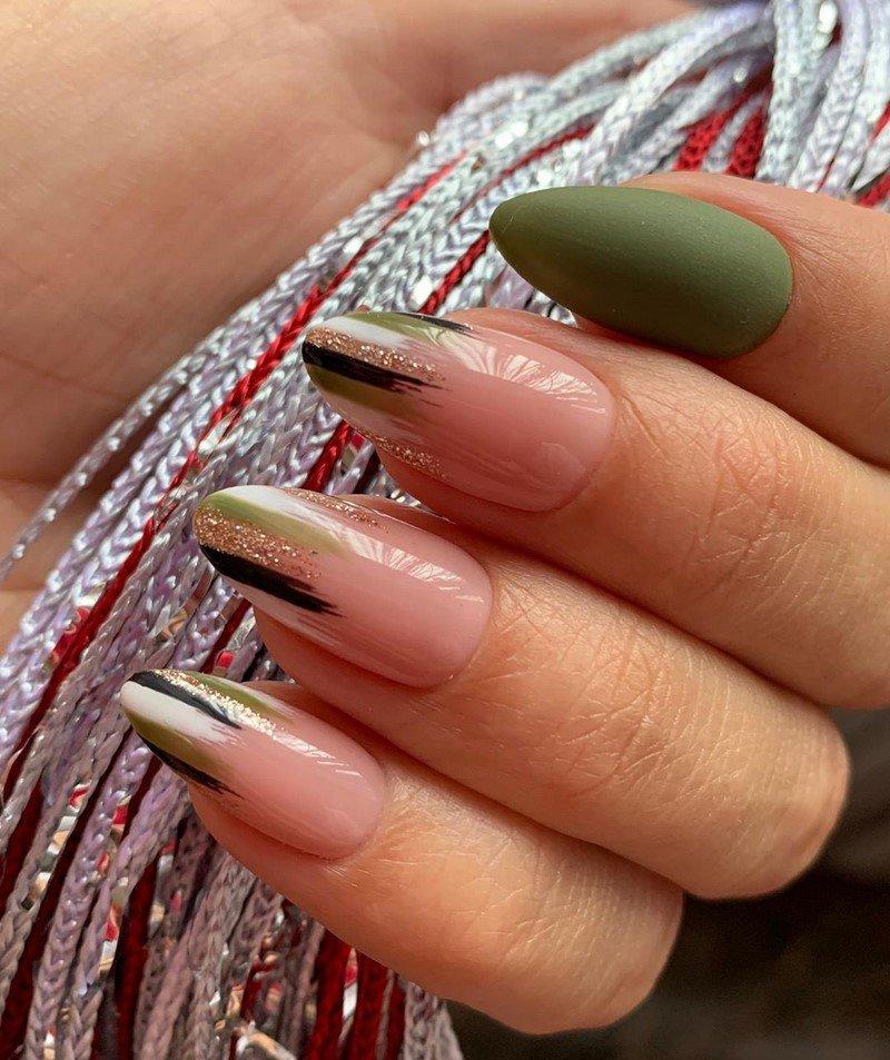 Миндалевидные ногти 2021-2022 – модные тренды и тенденции маникюра на миндальную форму