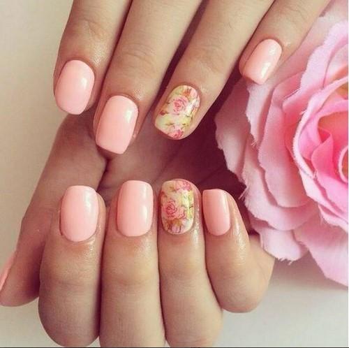 Дизайн с персиковым цветом гель лака